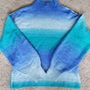 Mock turtleneck blue ombre sweater